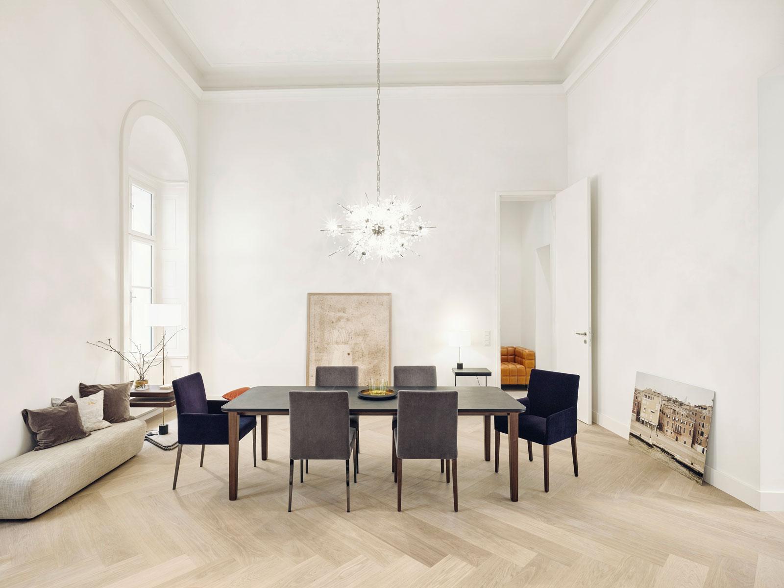 komfortable st hle f rs esszimmer bei hans g bock. Black Bedroom Furniture Sets. Home Design Ideas