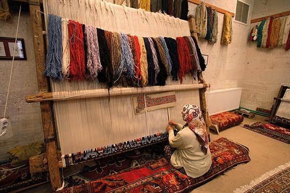 Teppich knüpfen  Tibetische Teppiche von Domaniecki Carpetence bei Hans G. Bock