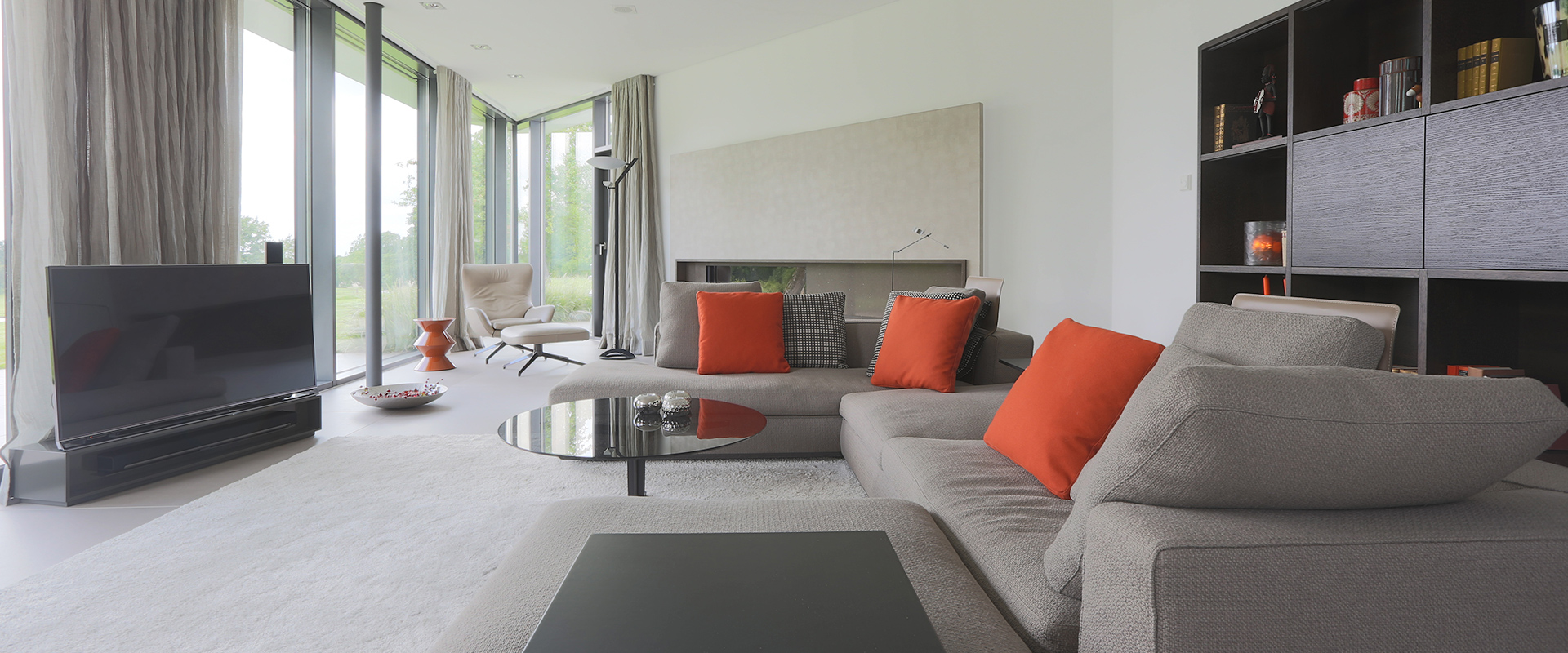 Hans G. Bock steht für hochwertige Inneneinrichtungen: moderne Farben und klassisches Design.