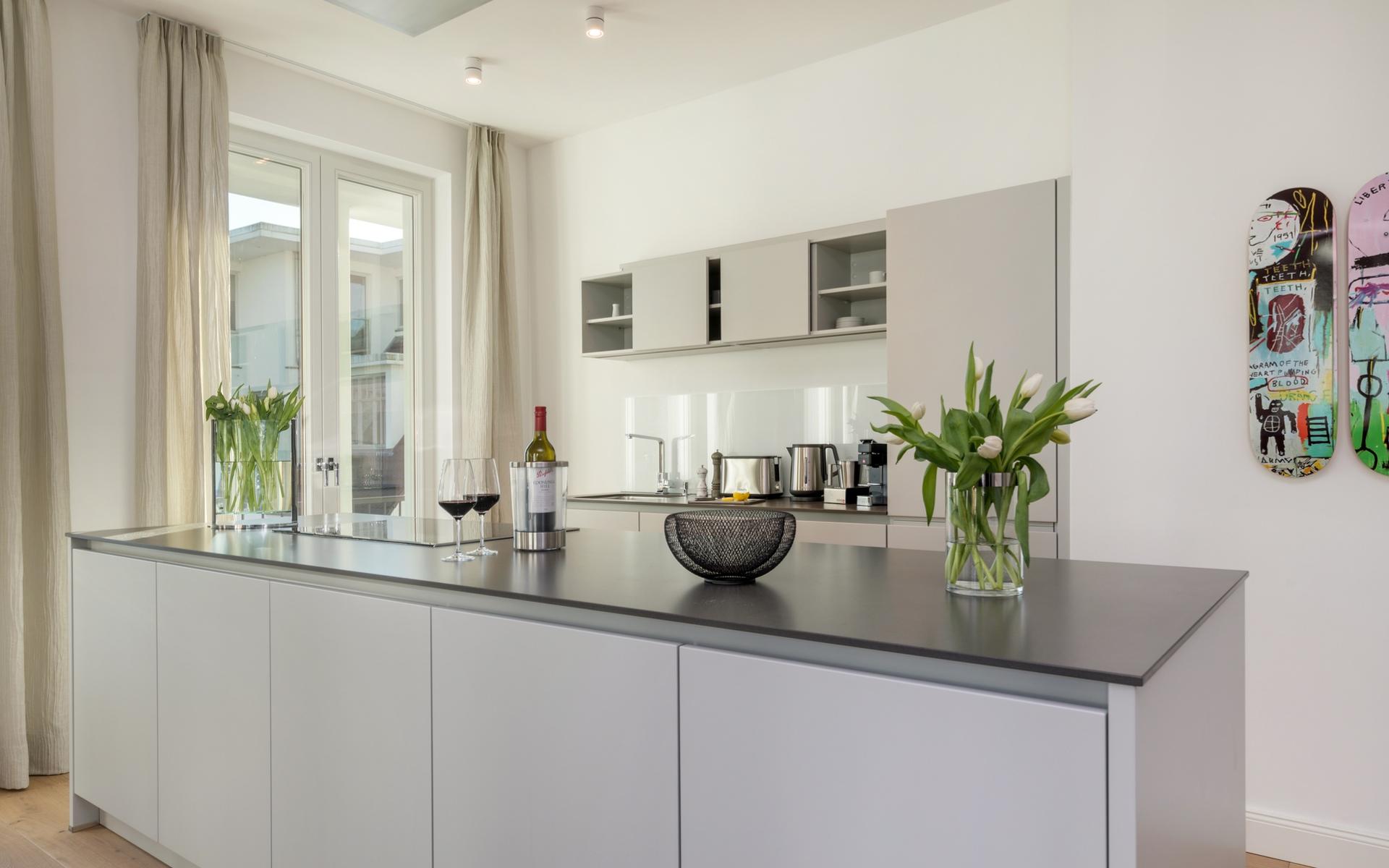 Hans G. Bock richtet auch Ferienhäuser ein: Dazu gehören moderne Küchenlösungen.